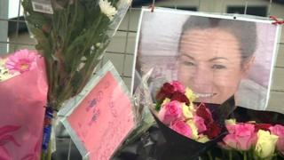 Julie Parkin floral tributes
