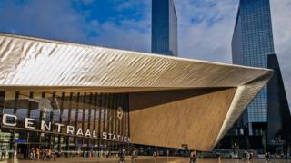 La estación de Rotterdam es una de las joyas arquitectónicas de la ciudad holandesa. (Foto: Walter Bibikow/Getty Images)