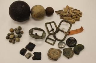 Cannon ball auction toe bones Lutterworth