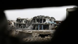 Doğu Halep'te yıkılmış binalar
