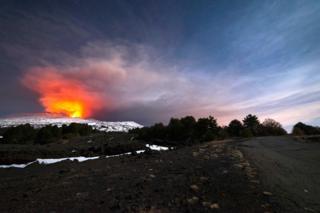 Вулкан Етна знову прокинувся три тижні тому