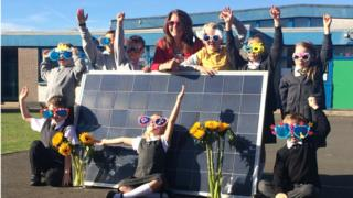 Gylemuir Primary School pupils at a solar panel Pic: Lisa Summers