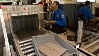 มาตรการความปลอดภัย, สหรัฐ, สายการบิน, สนามบิน, ตะวันออกกลาง, แอฟริกาเหนือ
