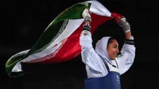 کیمیا علیزاده اولین زن ورزشکار ایرانی است که در المپیک مدال گرفته است