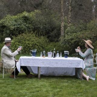 in_pictures Outdoor tea party