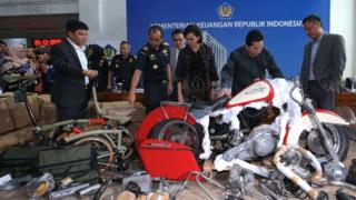 Garuda airline boss to lose job over smuggled motorbike