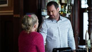 Mick and Linda Carter, played by Danny Dyer and Kellie Bright