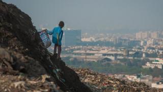 Dân toàn cầu sẽ tạo ra 3,40 tỷ tấn chất thải hàng năm vào năm 2050, tăng mạnh từ mức 2,01 tỷ tấn vào lúc này.