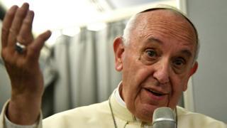 Papa Francesco, Myanmar ve Bangladeş gezisi sonrası uçakta gazetecilere konuştu.