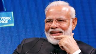 जस्टिस अरुण मिश्रा ने पीएम मोदी को अंतरराष्ट्रीय ख्याति वाला शख्स बताया है.