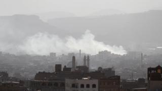 لا يزال أعضاء الحركة الحوثية يسيطرون على صنعاء