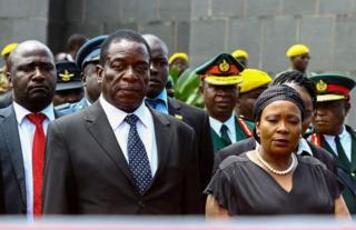 Bwana Mnangagwa ngo afise amayeri menshi mu vya politike