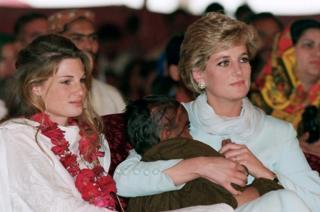 Jemima Khan e Diana (à dir.)