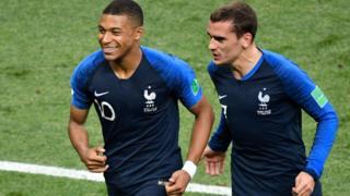 Mbappé y Griezmann, junto a Varane, son los candidatos de Francia a los premios de The Best.