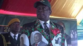 Le nouveau président du Zimbabwe a promis de nommer deux vice-présidents dans deux jours.