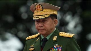 မြန်မာ့တပ်မတော် စစ်ဦးစီးချုပ် ဗိုလ်ချုပ်မှူးကြီး မင်းအောင်လှိုင်