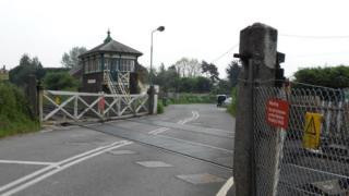 The Plumpton Green crossing