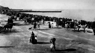 Artificial beach at Jackson Park, Chicago, 1890
