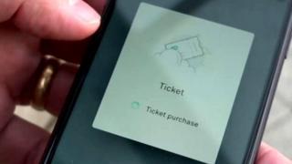 تطبيق مووفل يساعد المسافرين على البحث عن أفضل التذاكر والحجز والدفع من خلال نفس التطبيق