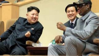 2014년 1월 8일 평양 체육관에서 만난 데니스 로드먼과 김정은 위원장