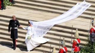Свадьба принца Гарри и Меган Маркл - Меган идет от алтаря