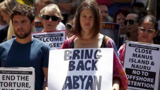 Pro-refugee protest in Sydney (19 Oct 2015)