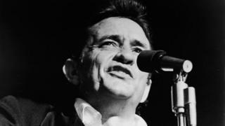 Джонни Кэш на сцене 1 января 1969 года - за два месяца до легендарного концерта в тюрьме Сан-Квентин