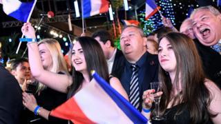 انتصار ضئيل لحزب الجبهة الوطنية اليميني المتطرف على حزب إيمانويل ماكرون