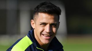 Le Chilien a été laissé sur le banc ce week-end lors du match contre Liverpool, perdu par Arsenal sur le score de 3 buts à 1.