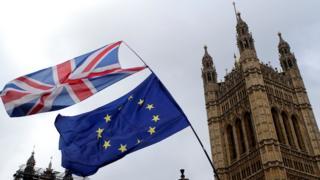 英国国旗和欧盟旗帜