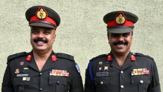 in_pictures Sri Lankan Army generals twins, Jayantha (L) and Pooraka (R) Seneviratne