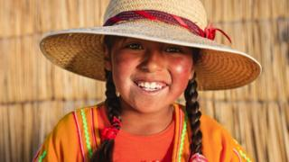 niña Perú