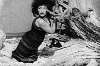 "Майя Дерен. Кадр из фильма ""На берегу"", 1944 год"