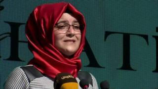 خطيبة جمال خاشقجي تتعلن أنها لاتزال تسعى من أجل تحقيق العدالة وتطالب بمعرفة ما حدث لجثته وذلك بعد عام على وفاته