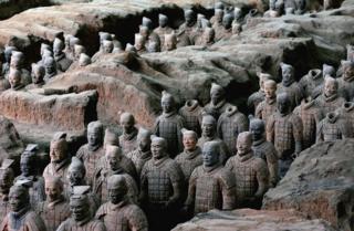 Foto mostra o Exército de Terracota, na China