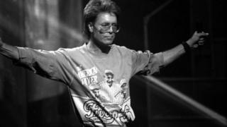 Cliff Richard on Top of the Pops in 1989