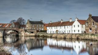 the river Tyne in Haddington