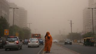 عاصفة ترابية في دلهي