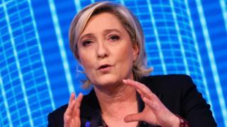 Ms Le Pen waxaa hadda u tartameysaa inay noqoto madaxweynaha Faransiiska
