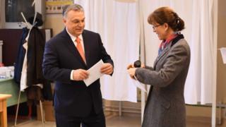 Виктор Орбан и супруга