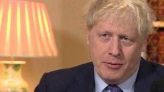 بوریس جانسون در مقر نخست وزیری بریتانیا با بی بی سی گفت و گو کرده