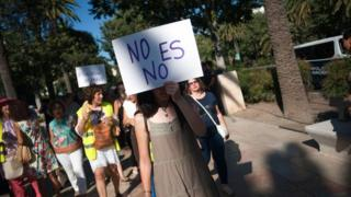 Protest in support of the teenager abused in Manresa