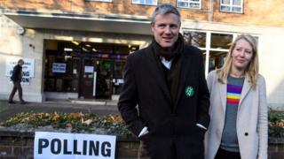 Zac Goldsmith and his wife Alice Rothschild at a polling station
