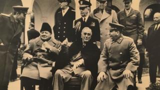 """Самарий Гурарий. """"Черчилль, Рузвельт и Сталин в Ялте"""", 1945 г."""