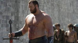 Islandês Hafbor Júlíus Björnsson dá vida ao personagem Gregor Clegane na famosa série de TV Games of Thrones.