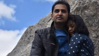 سہیل شاہد اپنی بیٹی کے ہمراہ