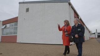 Helena Kennedy with the governor of Cornton Vale, Rhona Hotchkiss