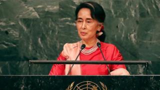Le porte-parole du gouvernement affirme que Aung San Suu Kyi n'a pas peur de faire face aux critiques.
