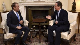 British Prime Minister David Cameron speaks with European Council President Donald Tusk at Downing Street in London on 31 January 2016.