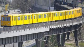 U-bahn subway train, Berlin (file)